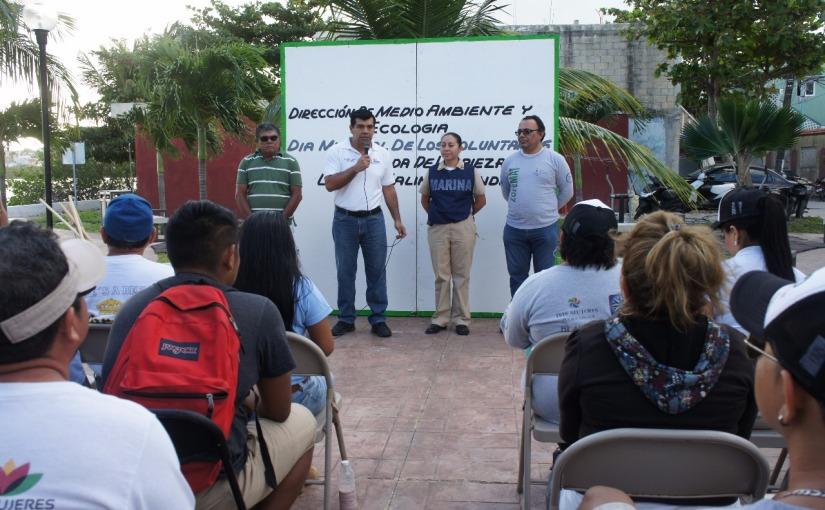 Con limpieza en La Salina Grande festeja Isla Mujeres Día delVoluntariado