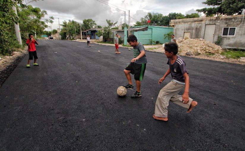 Zona Continental reconoce al gobierno isleño por obras depavimentación