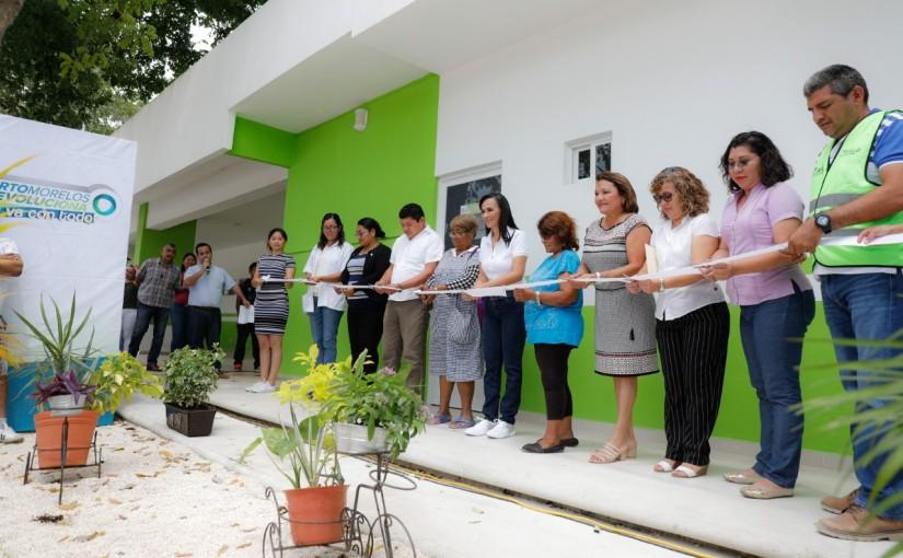 Inaugura Laura Fernández ampliación del dispensario médico PuertoMorelos