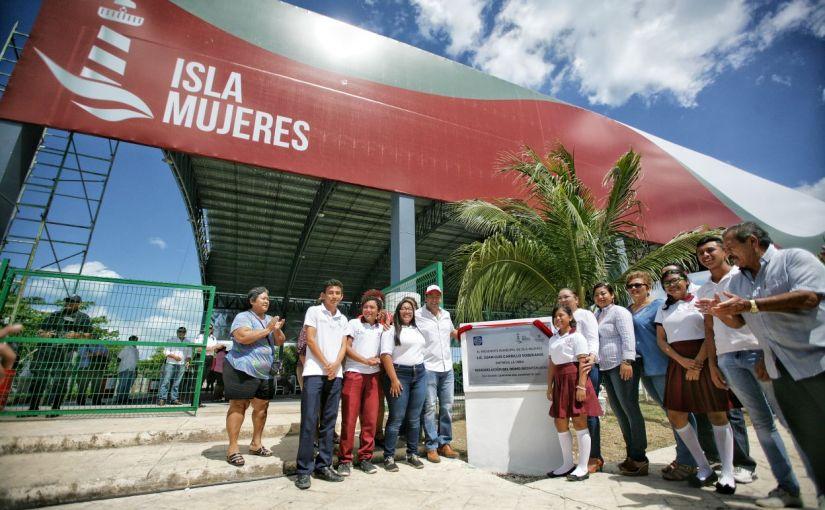 Un compromiso más cumplido: Entrega gobierno de Isla Mujeres nuevodomo