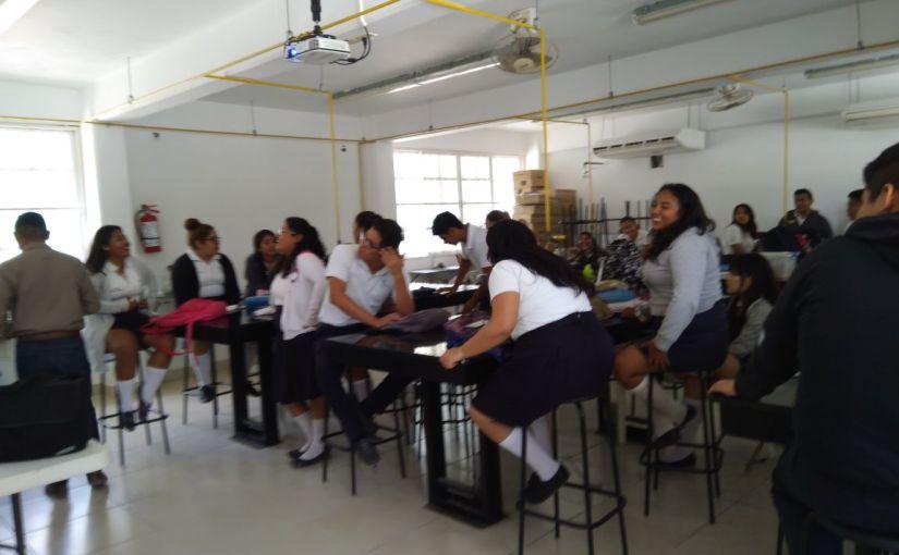 Imparten pláticas a jóvenes con motivo de latuberculosis