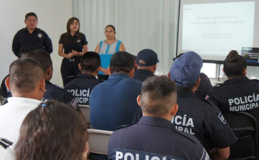 Reciben capacitación en derechos humanos policías de IslaMujeres