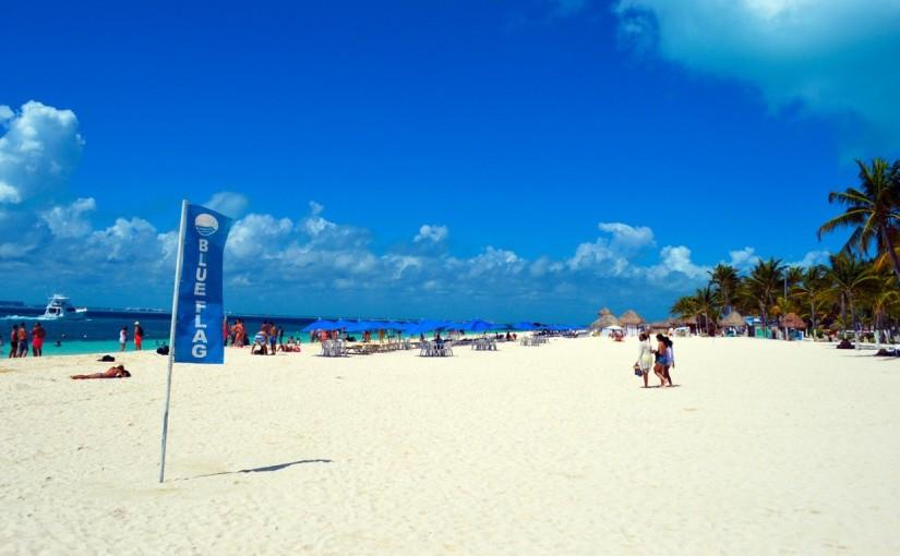 Cumple gobierno de Isla Mujeres con playas limpias yequipadas