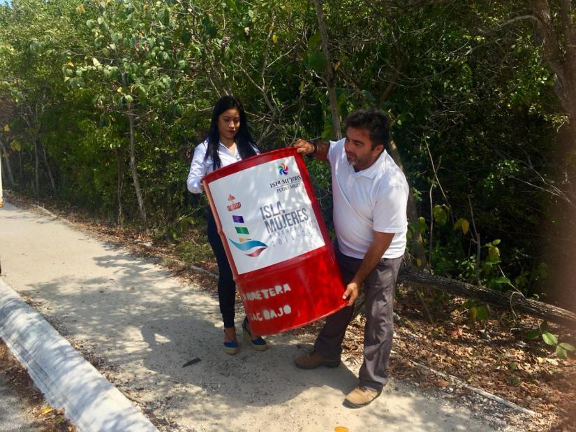 Colocan contenedores de basura en áreaspúblicas