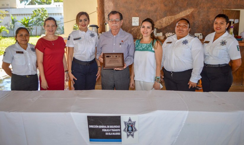 Reconce gobierno de Isla Mujeres a EmpresaVigilante